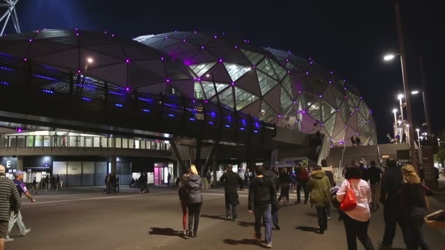 long shot, crowd arrives for the nrl second semi final match between the melbourne storm and the newcastle knights at aami park on september 21, 2013... - semifinal round stock videos & royalty-free footage