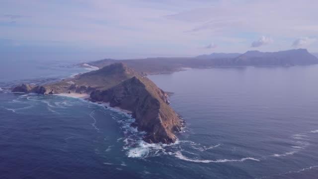 long shot of cape peninsula - ケープ半島点の映像素材/bロール