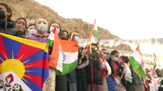long shot of indian army and people of leh gathered for the last rites of martyr nyima tenzin a special frontier force personnel who died recently... - indian army stock videos & royalty-free footage
