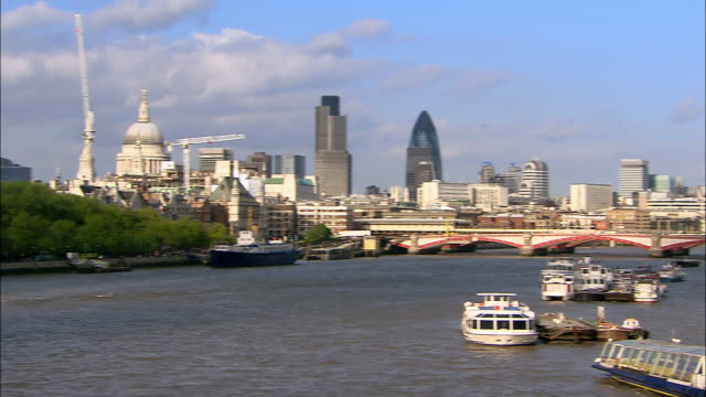 long shot pan river thames and london skyline - 2005 stock videos & royalty-free footage