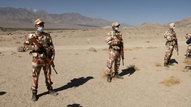 long shots of indotibetan border police personnel and indian army soldiers assembled for training in leh ladakh the preparations are in the wake of... - indian army stock videos & royalty-free footage