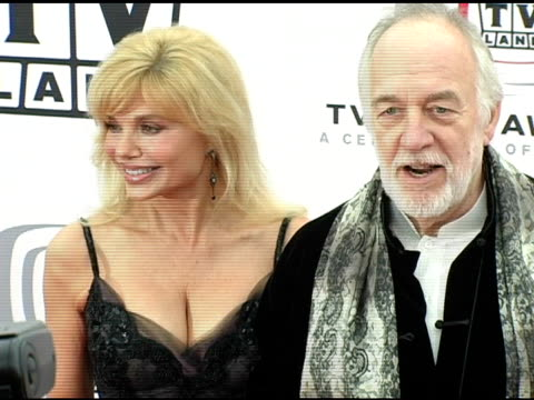 loni anderson and howard hesseman at the 3rd annual tv land awards arrivals at santa monica airport in santa monica california on march 13 2005 - loni anderson stock videos & royalty-free footage