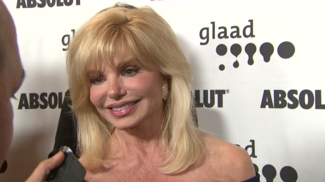 loni anderson at the 18th annual glaad media awards at the kodak theatre in hollywood california on april 14 2007 - loni anderson stock videos & royalty-free footage