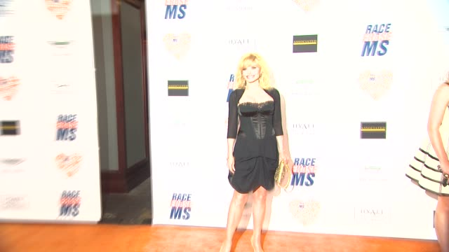 vídeos de stock e filmes b-roll de loni anderson at the 21st annual race to erase in los angeles, ca 5/2/14 - race to erase ms