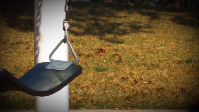 vidéos et rushes de lonley swing - horreur