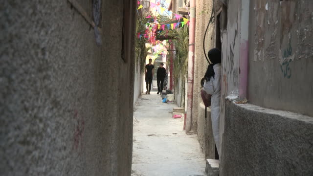 looking down an alley, balata refugee camp, palestine - palestinian stock videos & royalty-free footage