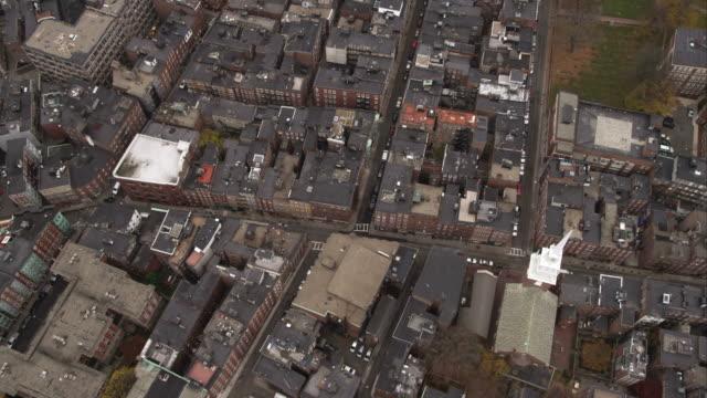 vídeos y material grabado en eventos de stock de looking down at boston's north end. shot in november 2011. - iglesia old north