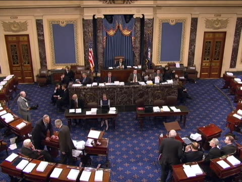 looking down at members of the united states senate during the wall street financial regulation vote - united states congress点の映像素材/bロール