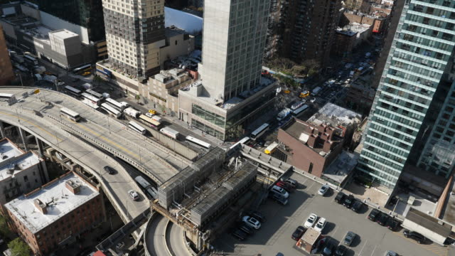 looking down at traffic in midtown manhattan, new york - port authority stock videos & royalty-free footage