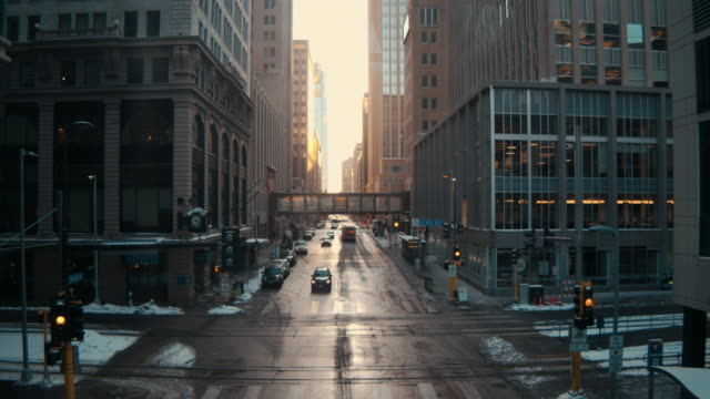 looking down marquette ave - minnesota stock videos & royalty-free footage