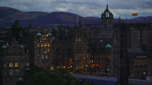 ws looking towards edinburgh old town, scotland - monument stock videos & royalty-free footage