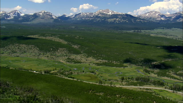 looking towards the gallatin range  - aerial view - wyoming,  park county,  helicopter filming,  aerial video,  cineflex,  establishing shot,  united states - yellowstone national park stock videos & royalty-free footage