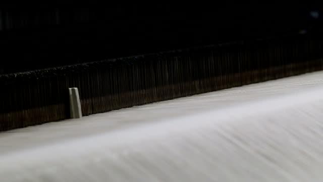 loom machine working - ball of wool stock videos & royalty-free footage