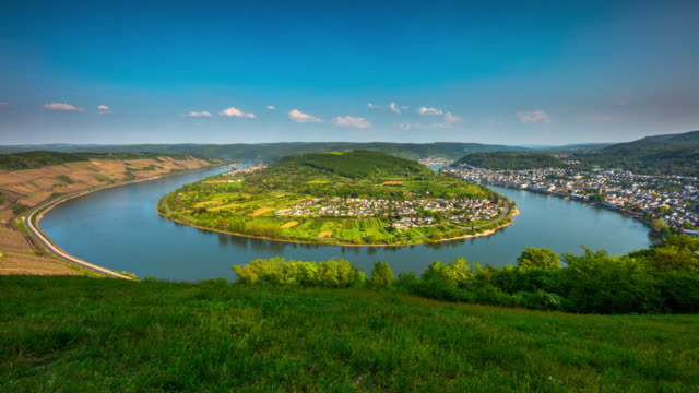 loop in the rhine river, near boppard, germany - time lapse tracking shot - river bend land feature stock videos & royalty-free footage