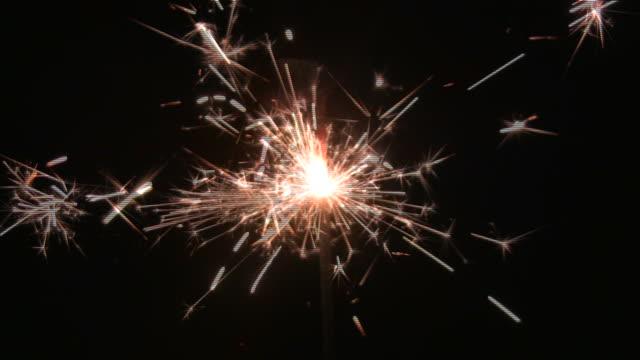 hd loop: sparkler - sparkler stock videos & royalty-free footage