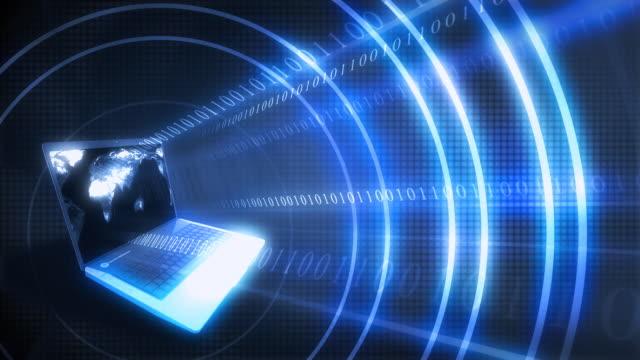 vídeos y material grabado en eventos de stock de en bucle, código binario y concepto de transferencia de datos - diez segundos o más