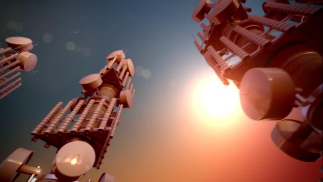 loopable communications tower for tv and mobile phone signals. - kommunikationssätt bildbanksvideor och videomaterial från bakom kulisserna