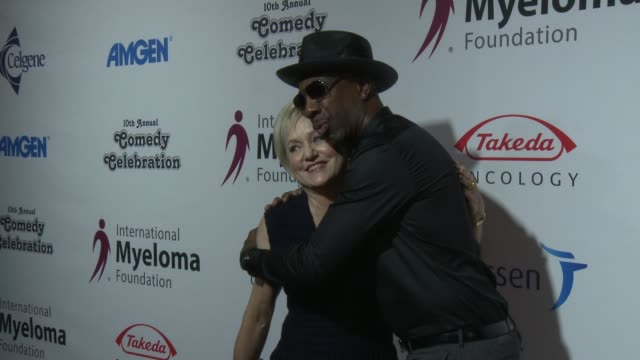 loraine alterman boyle, j. b. smoove at international myeloma foundation's 10th annual comedy celebration benefiting the peter boyle research fund &... - peter boyle stock videos & royalty-free footage