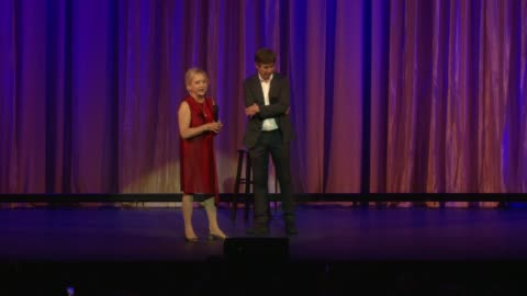 stockvideo's en b-roll-footage met loraine boyle at international myeloma foundation's 11th annual comedy celebration benefiting the peter boyle research fund at the wilshire ebell... - wilshire ebell theatre