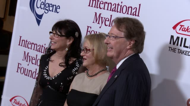 loraine boyle, susie novis and dr. brian durie arrive at international myeloma foundation 6th annual comedy celebration benefiting the peter boyle... - peter boyle stock videos & royalty-free footage