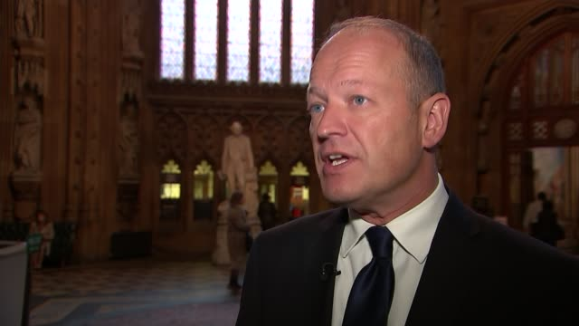 lord brittan abuse allegations: tom watson fails to apologise; house of commons: simon danczuk mp set up shot with reporter / interview sot gir: ext... - britisches unterhaus stock-videos und b-roll-filmmaterial