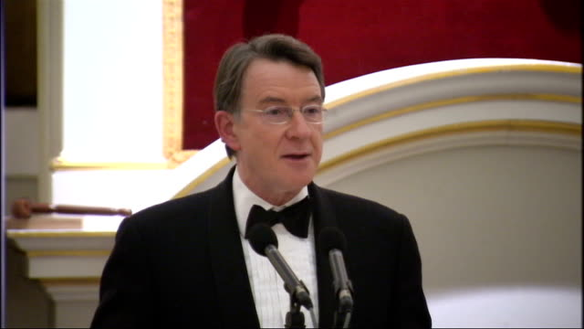 stockvideo's en b-roll-footage met lord mandelson mansion house speech master of ceremonies introducing mandelson sot lord mandelson speech sot one year on / my lord mayor my lords... - peter mandelson