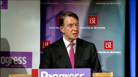 lord mandelson speech at the london school of economics; lord mandelson speech continues sot - then the emphasis switched to decentralisation and... - 分散点の映像素材/bロール