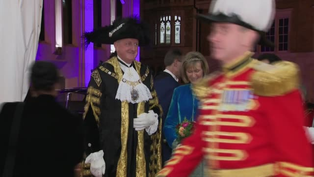 lord mayor's banquet exterior arrivals england london city of london guildhall photography** guard of honour / peter estlin and lindy estlin arriving... - lord mayor of london city of london stock videos & royalty-free footage