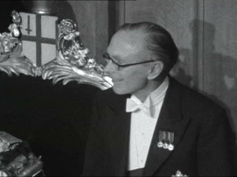 sir alec douglas-home speech; 11.1 pm england: london: guildhall: lord mayor's banquet: int sir alec douglas-home mp speech to lord mayor's banquet... - alec douglas home video stock e b–roll