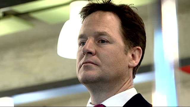 lord rennard apologises to women who accused him of sexual harrassment t20011402 2012014 southbank centre close shot clegg's face clegg listening at... - クリス・レナード点の映像素材/bロール
