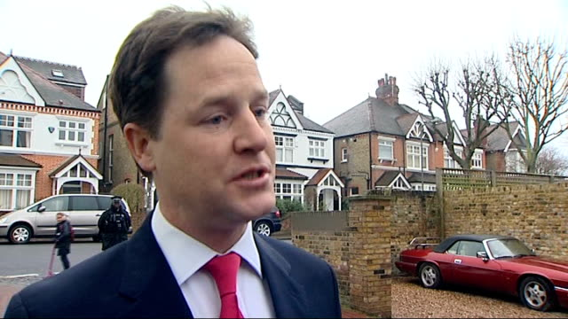 nick clegg response england london photography *** nick clegg mp towards from house to speak to press nick clegg mp speaking to press sot i... - クリス・レナード点の映像素材/bロール