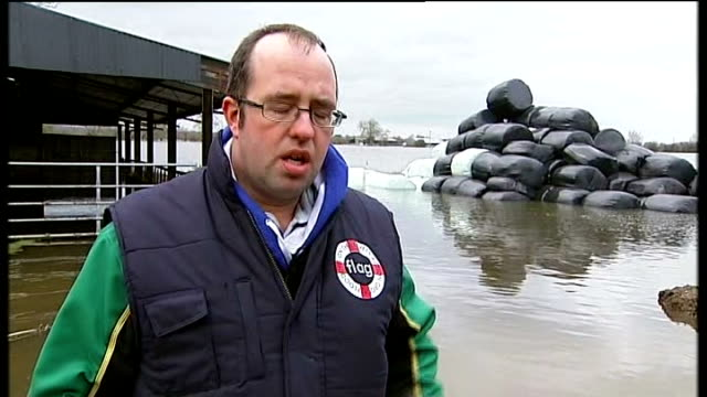 vídeos y material grabado en eventos de stock de lord smith comments on the floods and storms in south west england; somerset: moorland: james winslade interview sot - erial