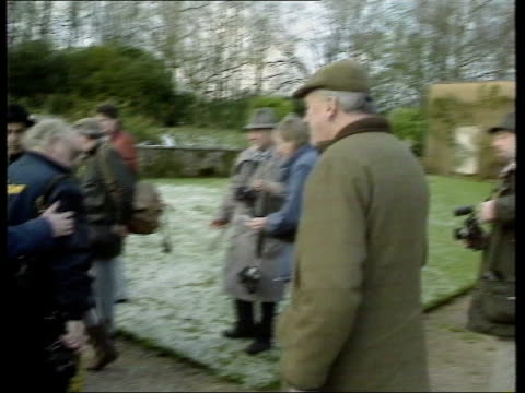 lord whitelaw death announced lib mat held millbank lord william whitelaw along on country estate in flat cap and jacket and holding a stick with... - flat cap stock videos & royalty-free footage