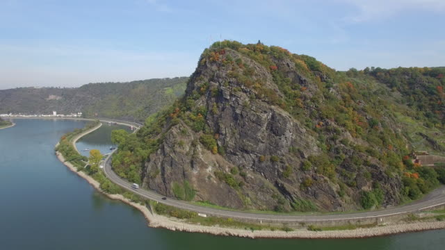 loreley rock - rhein stock-videos und b-roll-filmmaterial