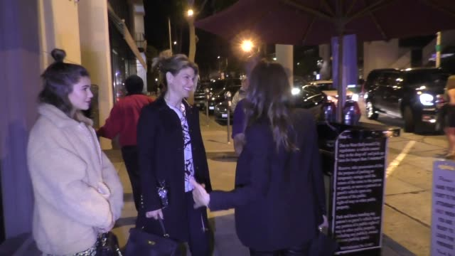 lori loughlin and daughter olivia giannulli outside craig's in west hollywood at celebrity sightings in los angeles on march 24 2018 in los angeles... - lori loughlin stock videos & royalty-free footage