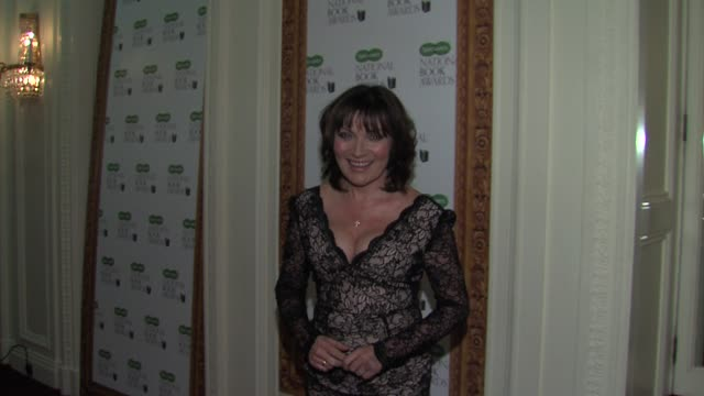 lorraine kelly at specsavers national book awards at mandarin oriental hyde park on december 4, 2012 in london, england. - lorraine kelly stock videos & royalty-free footage