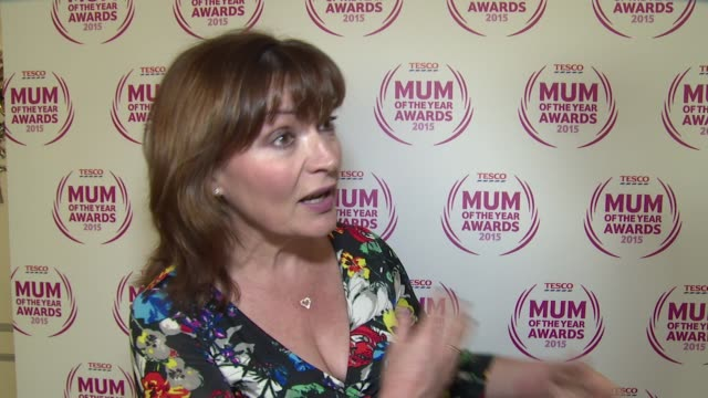 lorraine kelly on the awards, what mum's mean and upcoming plans at tesco mum of the year awards on 1st march 2015 in london, england. - lorraine kelly stock videos & royalty-free footage
