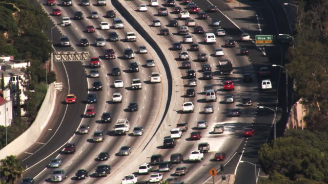 Los Angeles 101 Freeway Traffic (HD)