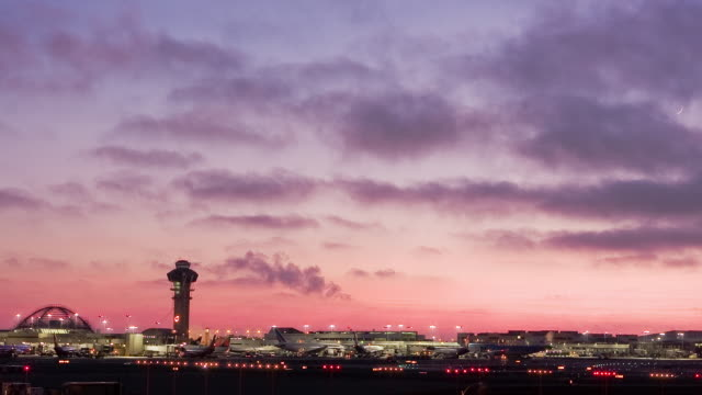 T/L, WS, Los Angeles Airport at dusk, California, USA