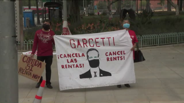 ktla los angeles ca us cancel rent rally protestors holding banners in downtown los angeles on thursday apr 30 2020 members of the la tenant union... - hypotheken kündigung stock-videos und b-roll-filmmaterial