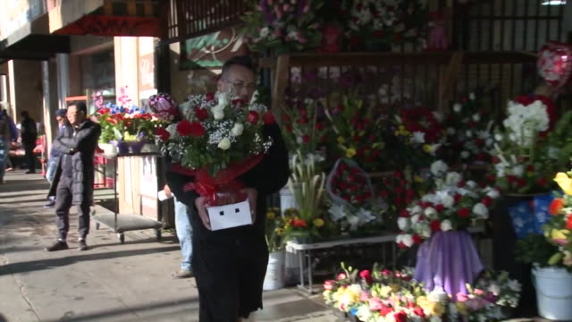 ktla los angeles ca us customers buying flowers at flower district of downtown to celebrate valentine's day on friday february 14 2020 - flower shop stock videos & royalty-free footage