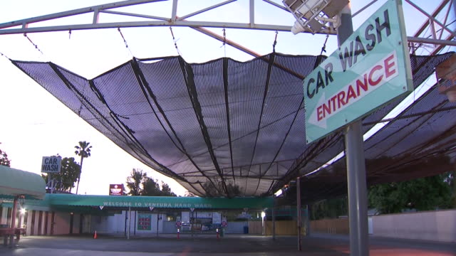 los angeles, ca, u.s. - exterior of hand car wash during day in studio city, on wednesday, may 20, 2020. - car wash stock videos & royalty-free footage