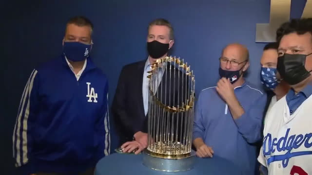 los angeles, ca, u.s. - governor gavin newsom visits dodger stadium and meeting with players, on friday, october 30, 2020. - governor stock videos & royalty-free footage