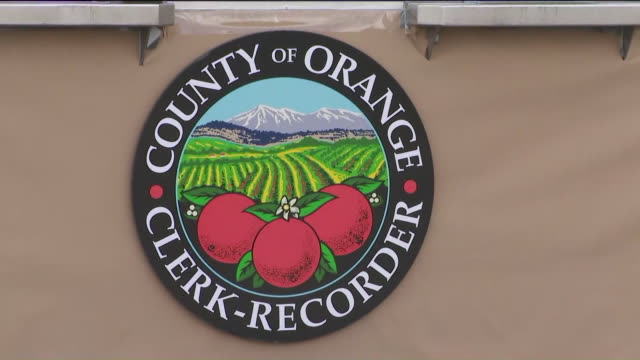 ktla los angeles ca us honda center decorations and couple getting married the orange county clerkrecorder department offers marriage licences and... - honda center anaheim stock videos & royalty-free footage