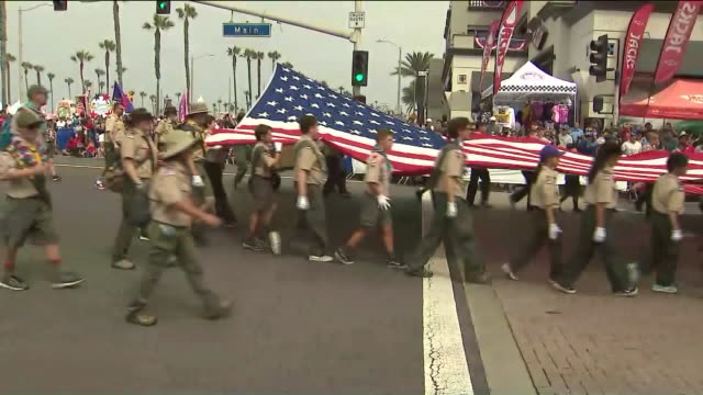 los angeles, ca, u.s. - huntington beach hosts 115th annual fourth of july parade on thursday, july 4, 2019. - boy scout stock videos & royalty-free footage