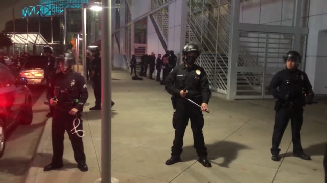 los angeles, ca, u.s. - los angeles police department officers and protestors near the staples center during the 2020 presidential election night on... - los angeles police department stock videos & royalty-free footage