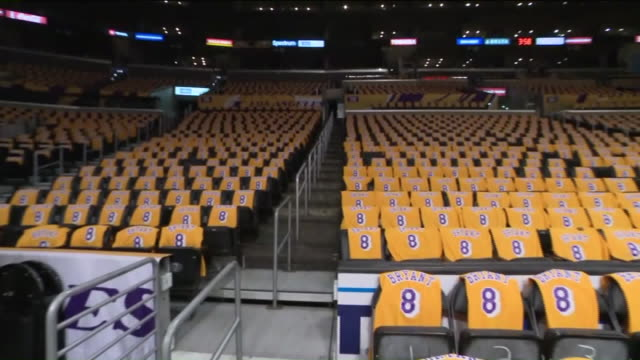 ktla los angeles ca us tribute night at staples center where los angeles lakers honor kobe bryant and his daughter gigi by covering courtside seats... - staples centre stock videos & royalty-free footage