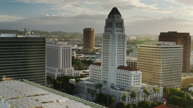 los angeles city hall and civic buildings at sunrise - aerial - courthouse stock videos & royalty-free footage