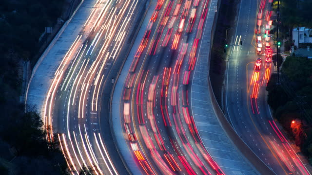los angeles freeway - tail light stock videos & royalty-free footage