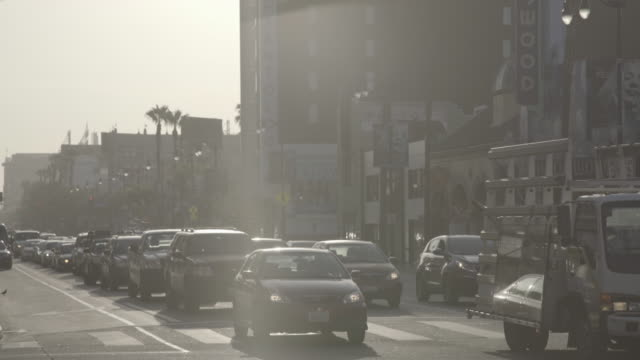 los angeles - hollywood blvd traffic - boulevard video stock e b–roll